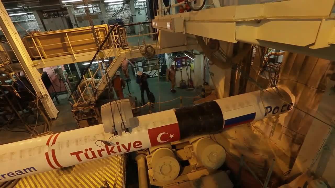 Black Sea: Turkish Stream pipeline crosses into Turkey's exclusive economic zone