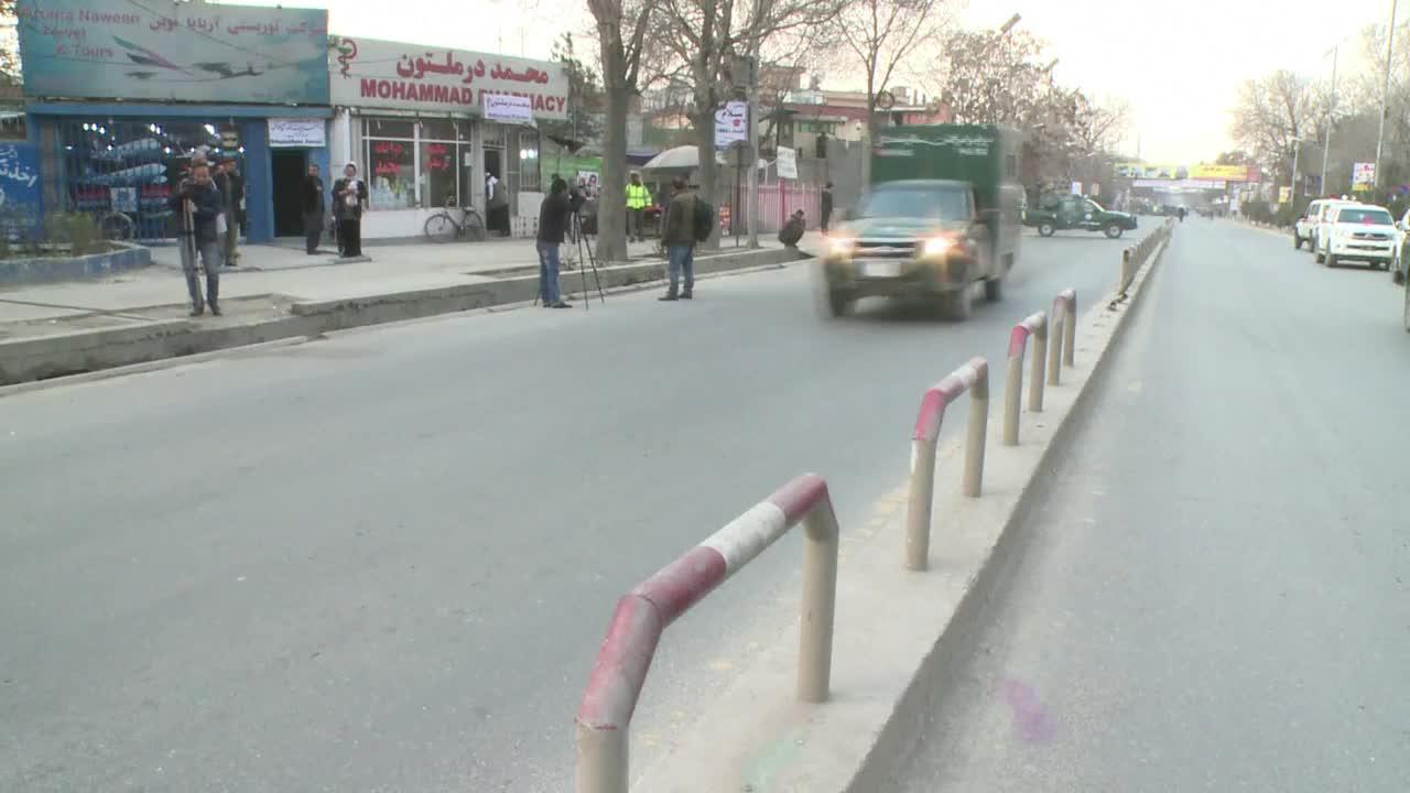 Терористична атака и много убити в болница в Кабул