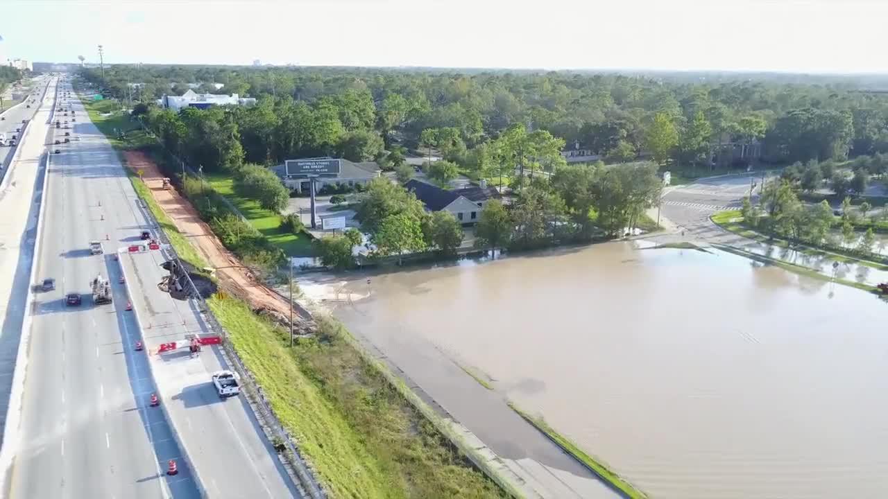 """САЩ: Ураганът """"Ирма"""" разруши главния път в Орландо"""