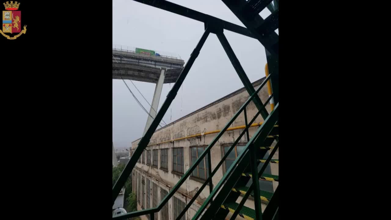 Italy: Dozens reported dead after motorway bridge collapses *STILLS*