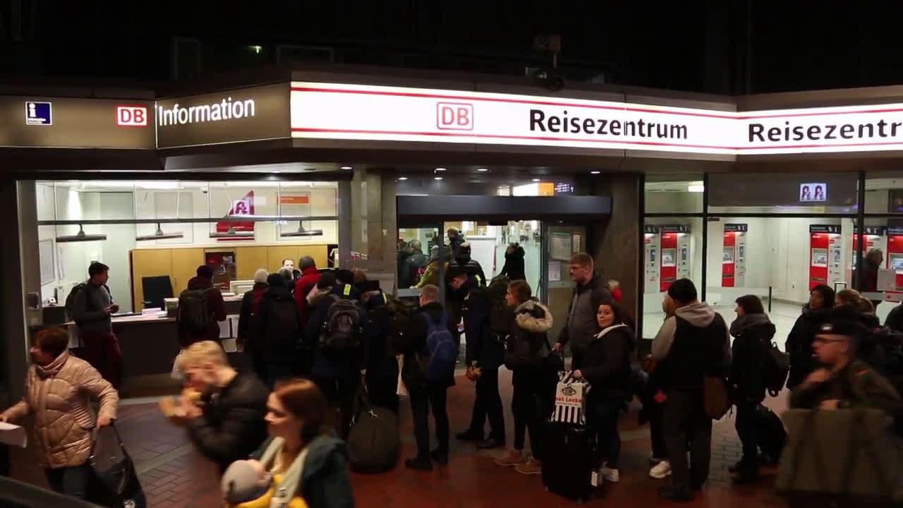Germany: Hamburg hit hard by Storm Sabine
