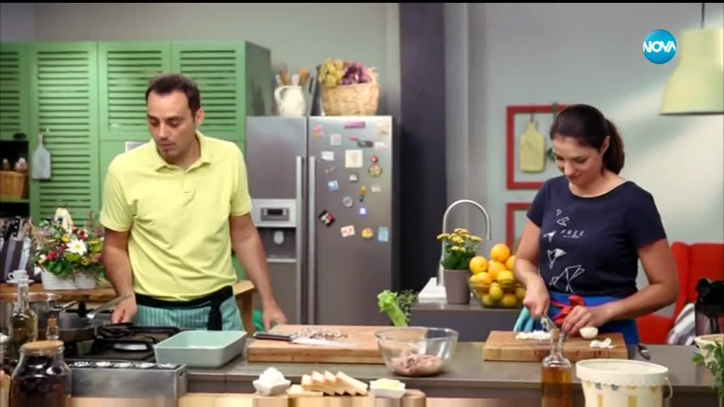 Пълнени калмари в доматен сос - Бон Апети (03.07.2018)
