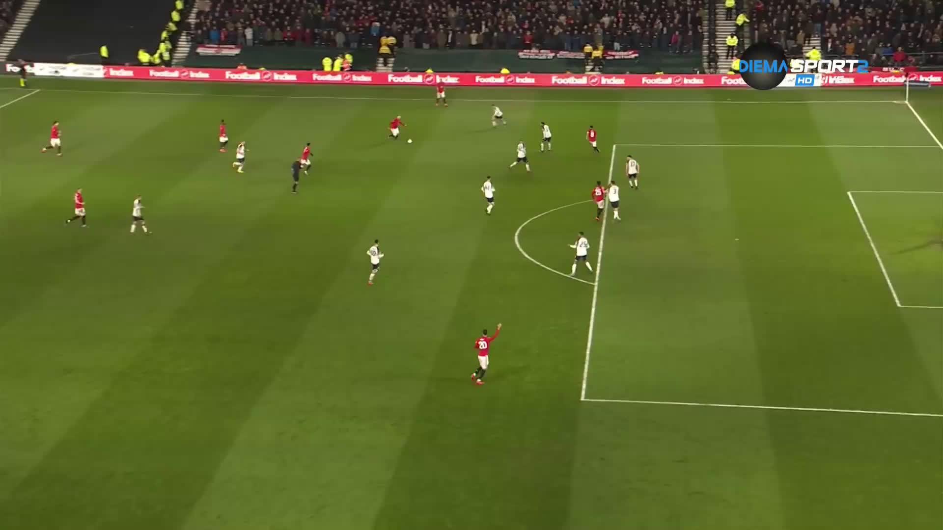 Игало покачи аванса на Ман Юнайтед над Дарби Каунти
