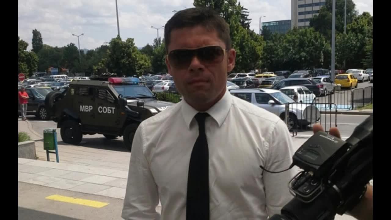 Сашо Димитров на път за Босна: Тренираме дузпи, както тренираме и тъчове