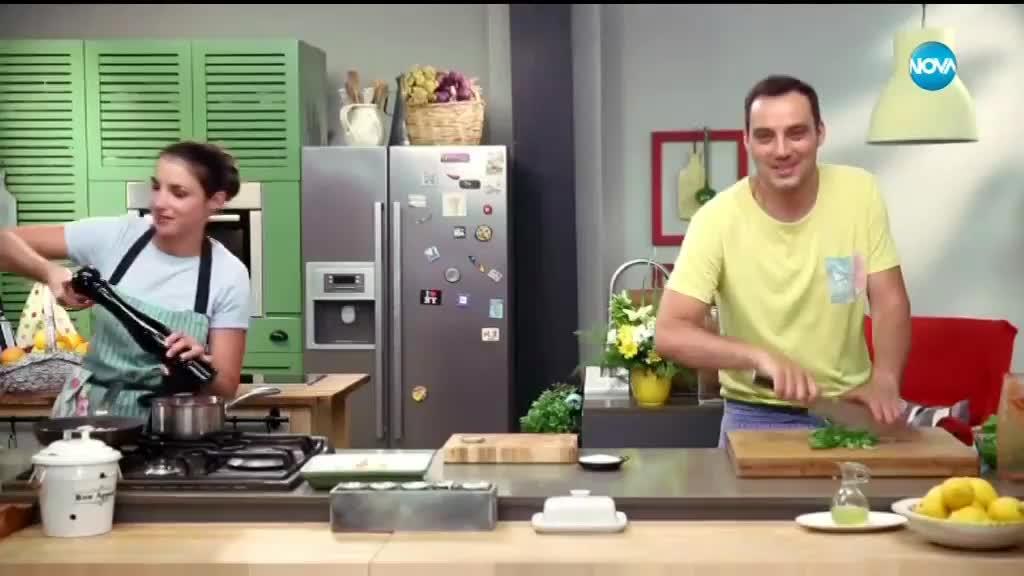 Пилешко с доматен сос на фурна - Бон Апети (22.06.2018)