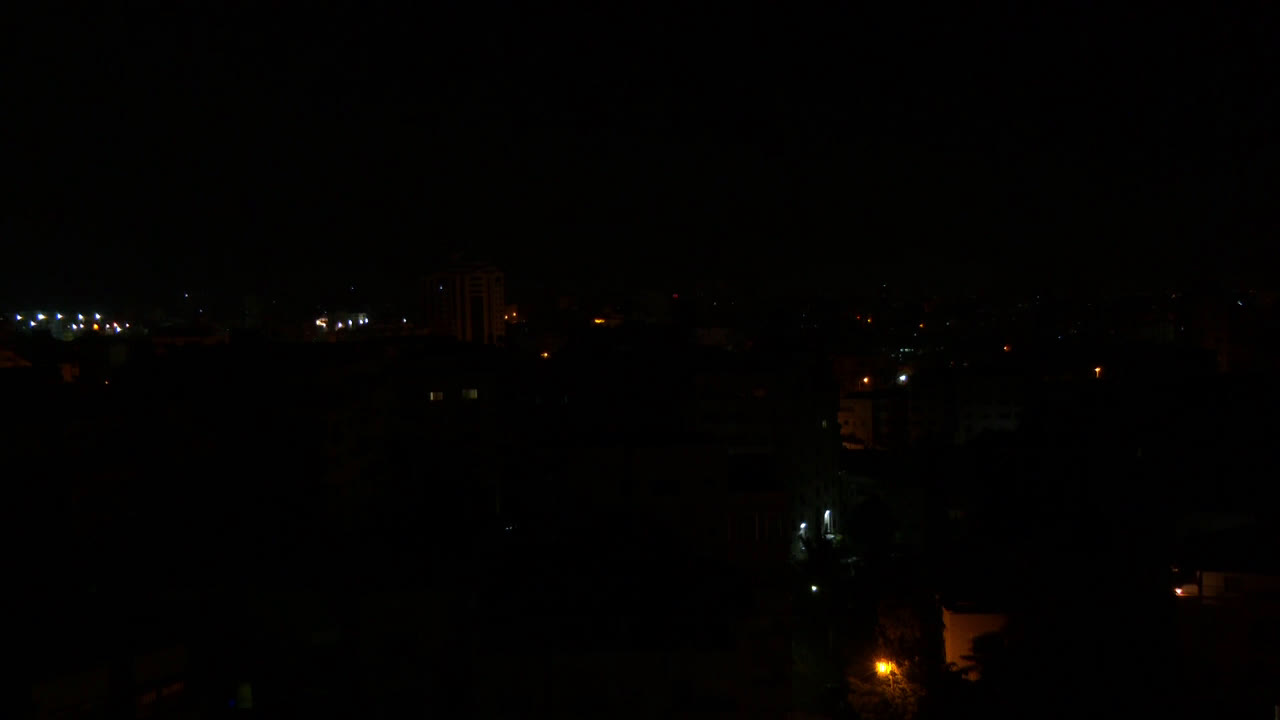 State of Palestine: Israeli airstrikes hit targets in Gaza after Ashkelon rocket attack