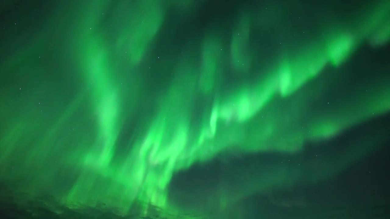 Magnetic beauty! Northern Lights spotted in sky over Murmansk region