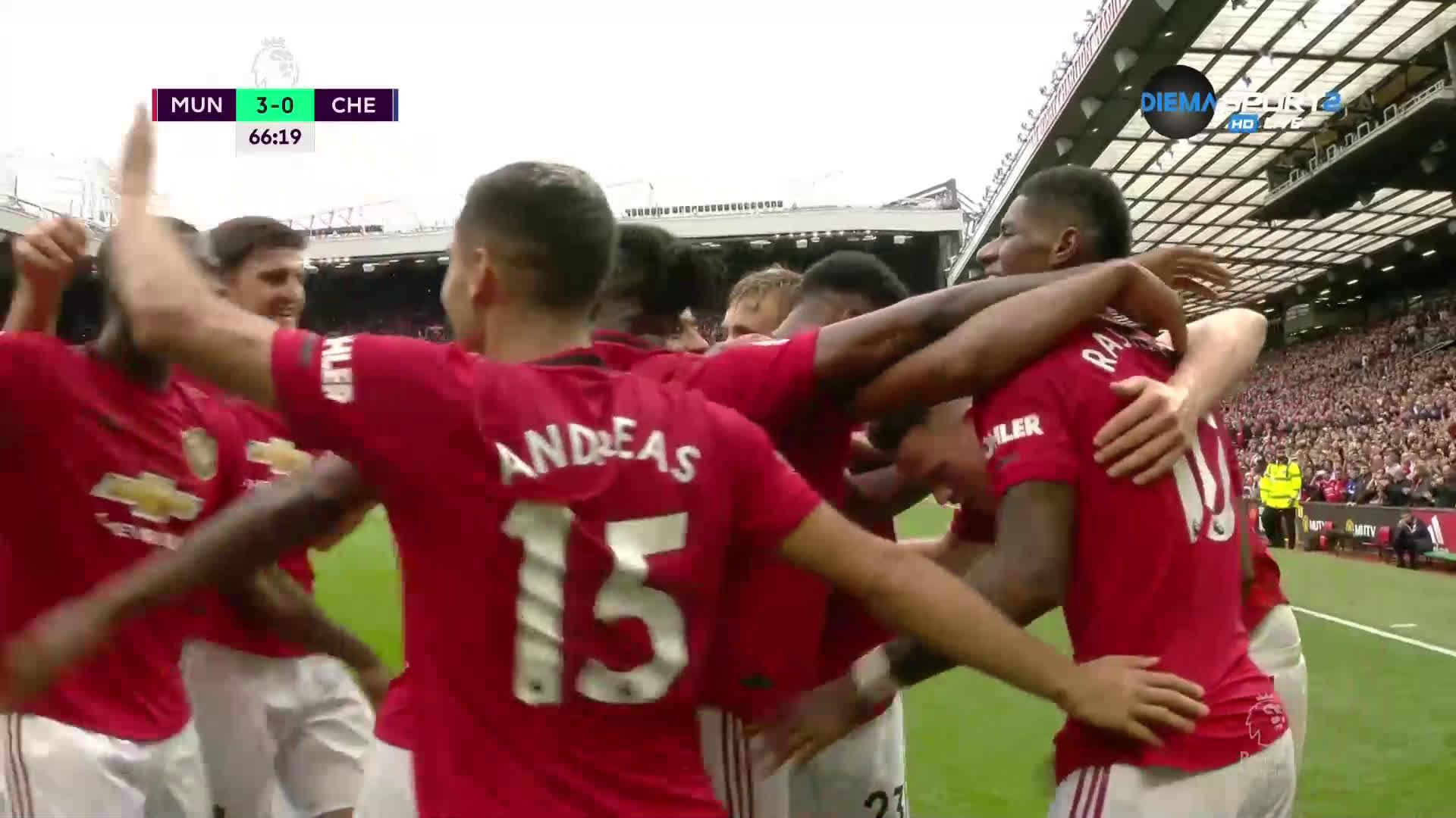 Юнайтед си играе с Челси, както си поиска - 3:0