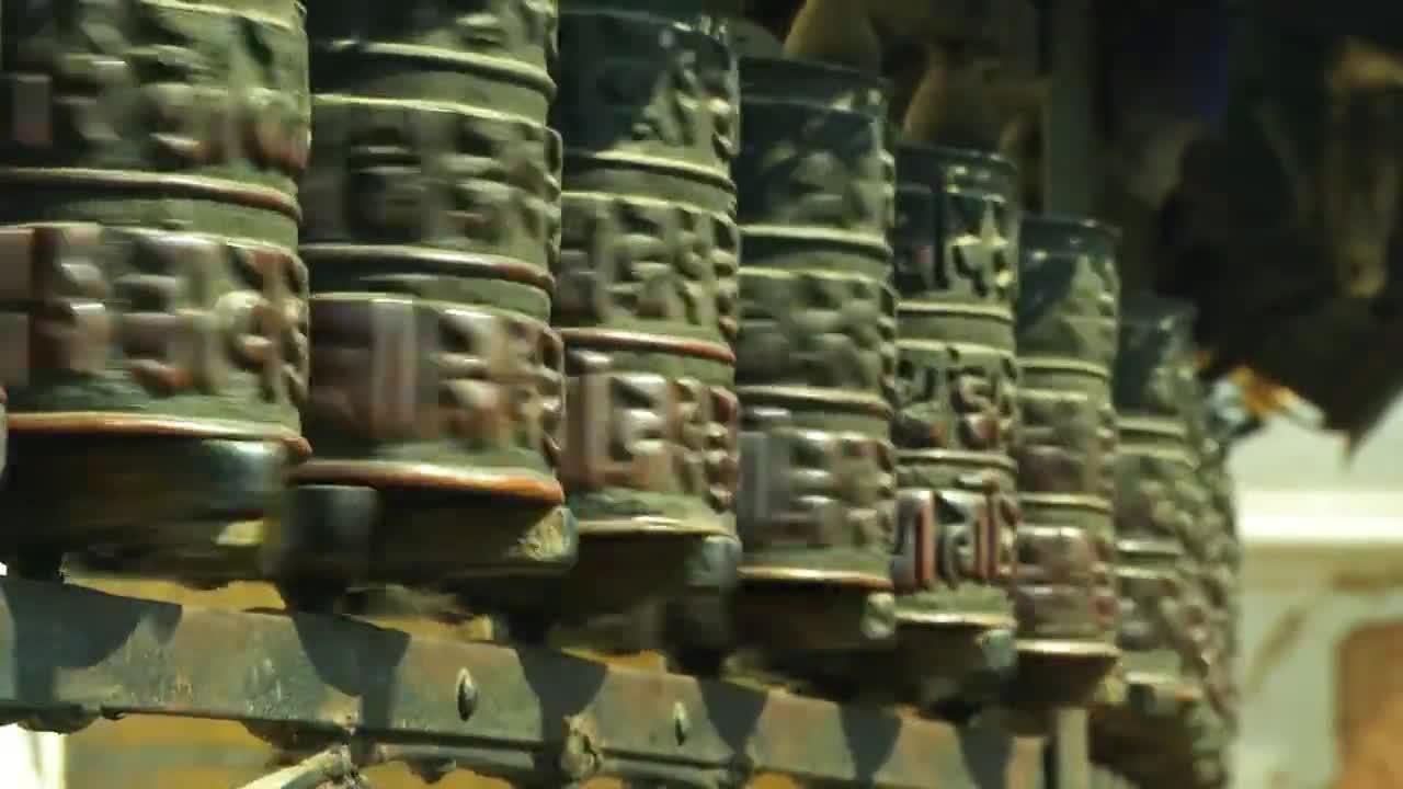 """Молитвените колела в Катманду (\""""Без багаж\"""" еп.49 трейлър)"""
