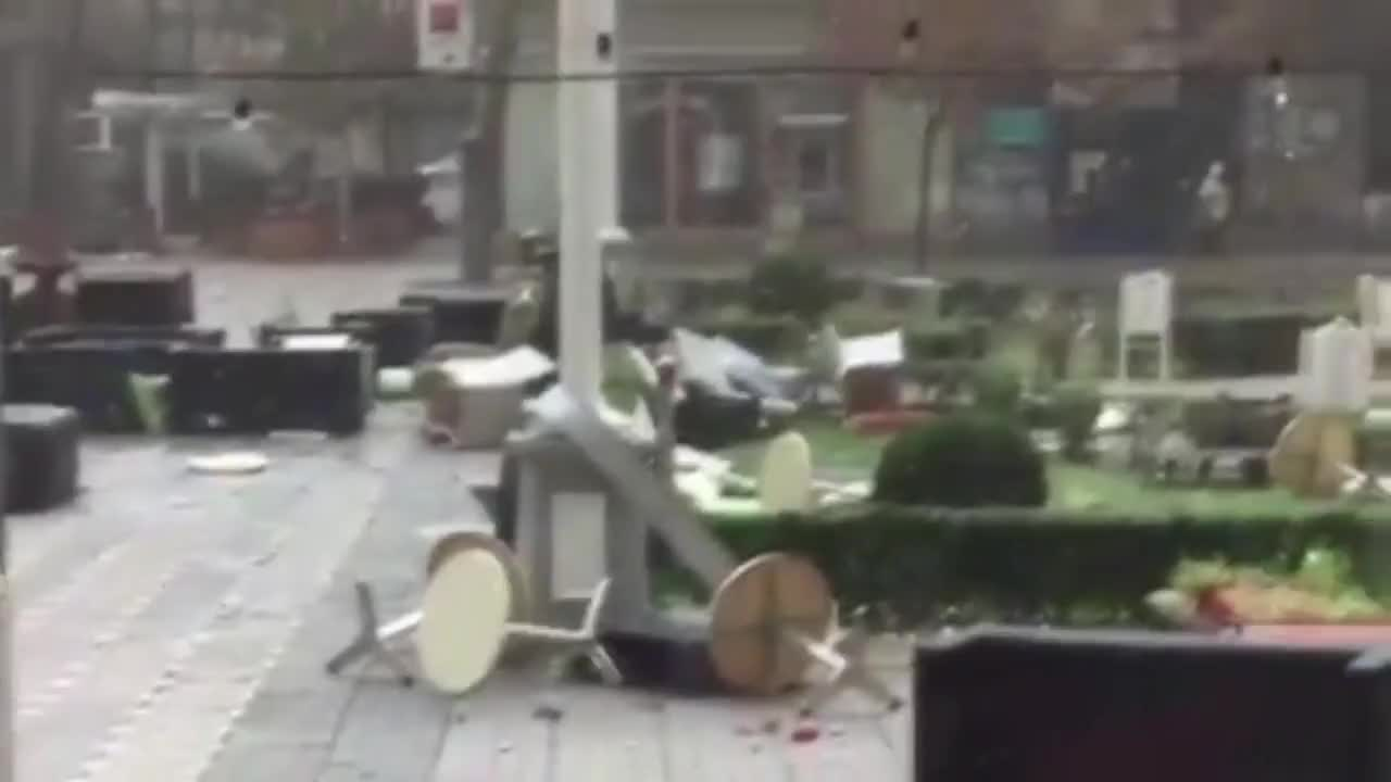 Romania: 5 killed and dozens injured as strong winds hit western Romania