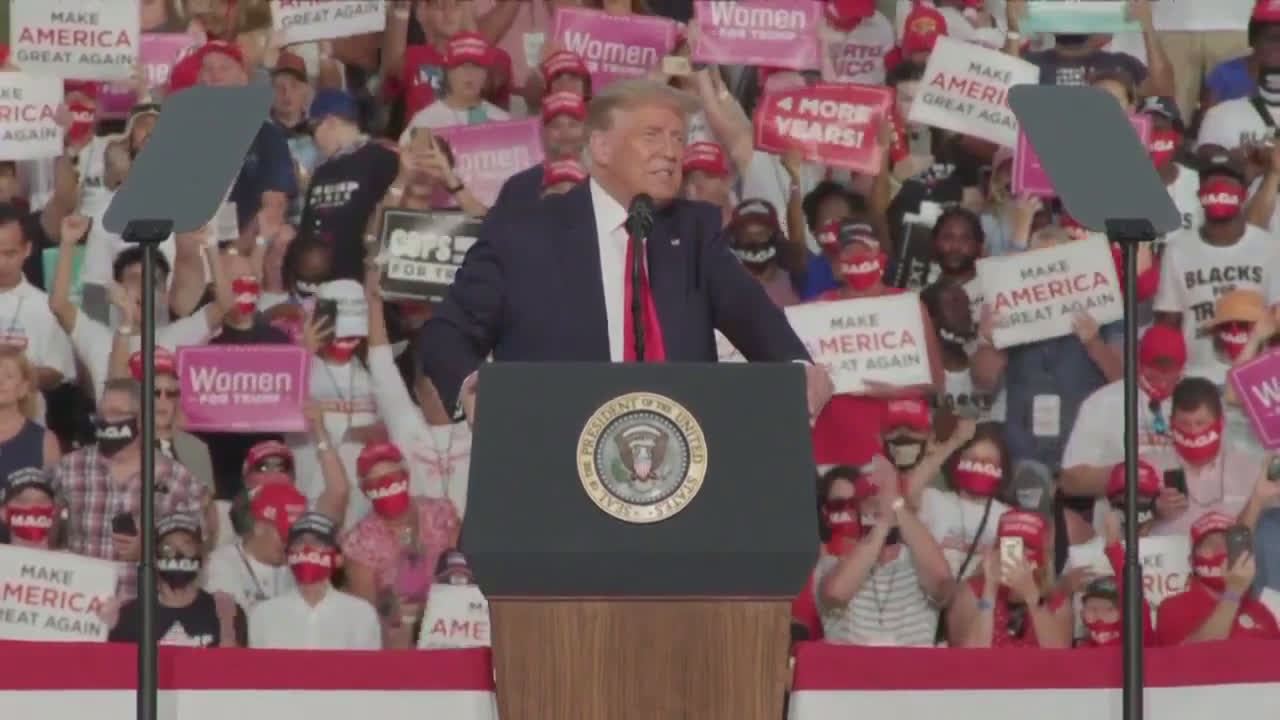 USA: Trump holds first campaign rally after COVID-19 diagnosis