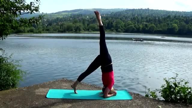 Резултат с изображение за тонизираща йога