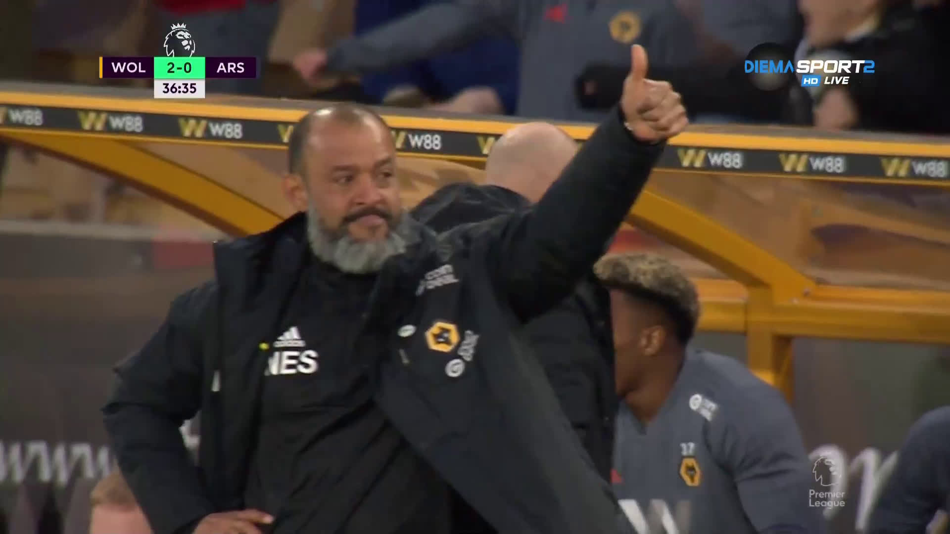 Втори гол за Уулвс във вратата на Арсенал