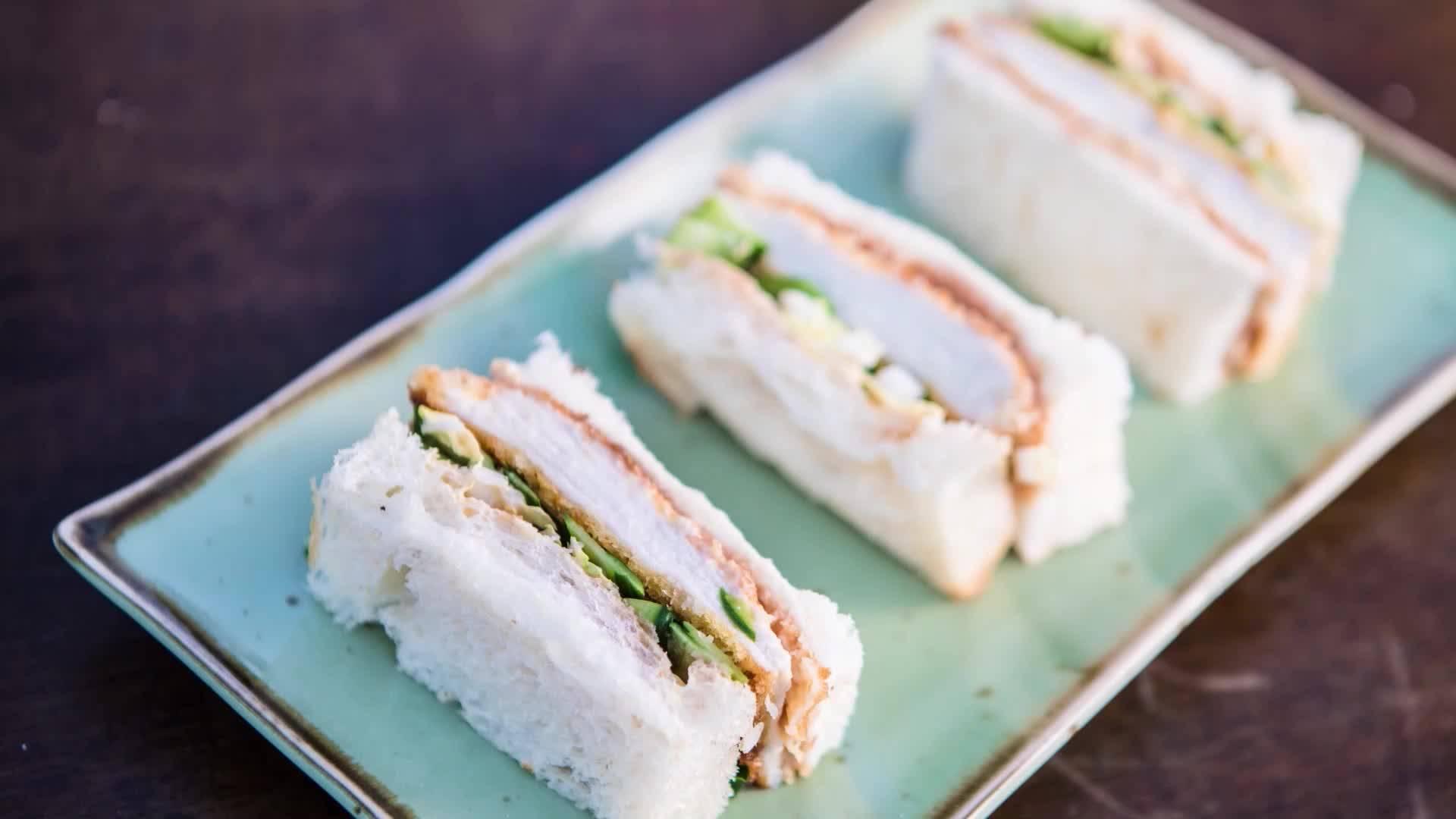 Джъстин Скофийлд | Сандвич с пиле кацу