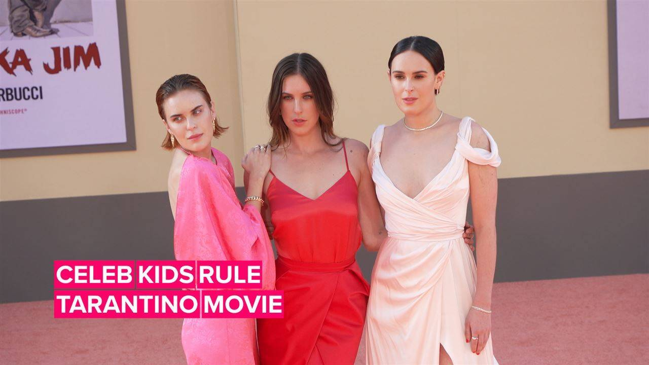 Young Hollywood stars shine at \'Once Upon a Time\' premiere