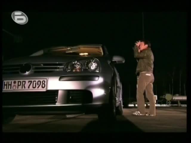 Светкавица удря кола с 800 000 хил. волта ток