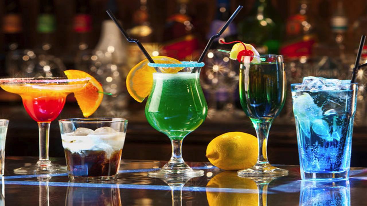 Кои коктейли се пият най-много ? Вижте кои са най-поръчваните алкохолни изкушения !