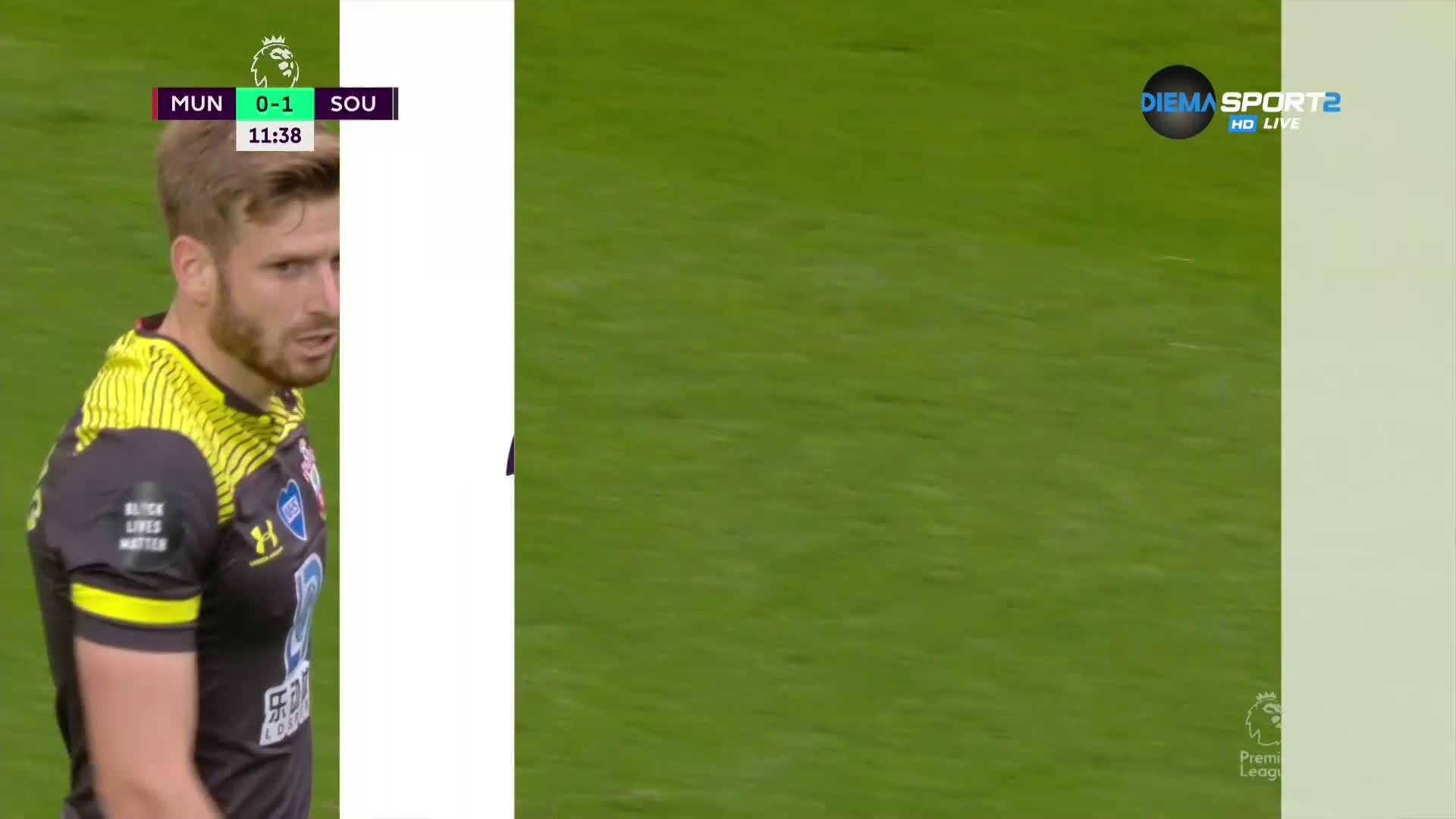 """Саутхемптън зашлеви Юнайтед рано на """"Олд Трафорд"""""""