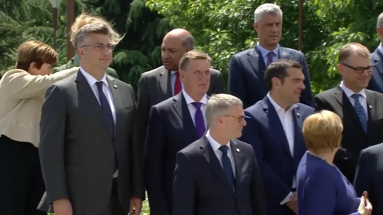 Bulgaria: EU, west Balkan leaders pose for group photo at Sofia summit