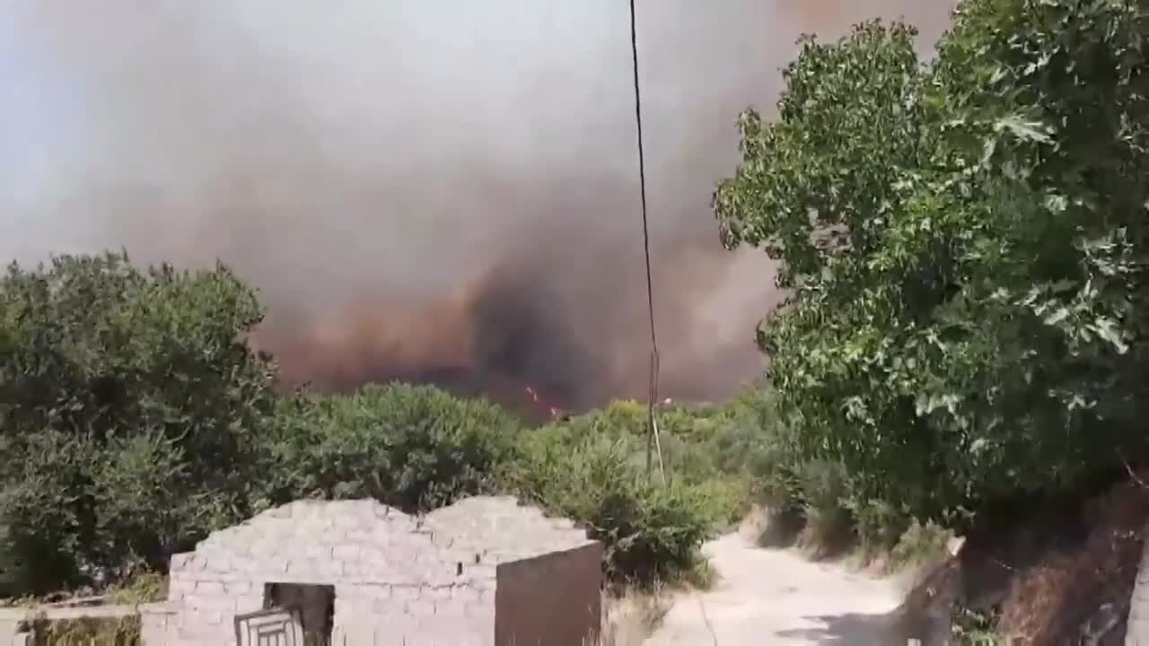 Greece: Villages evacuated after wildfires close in on ancient Olympics site
