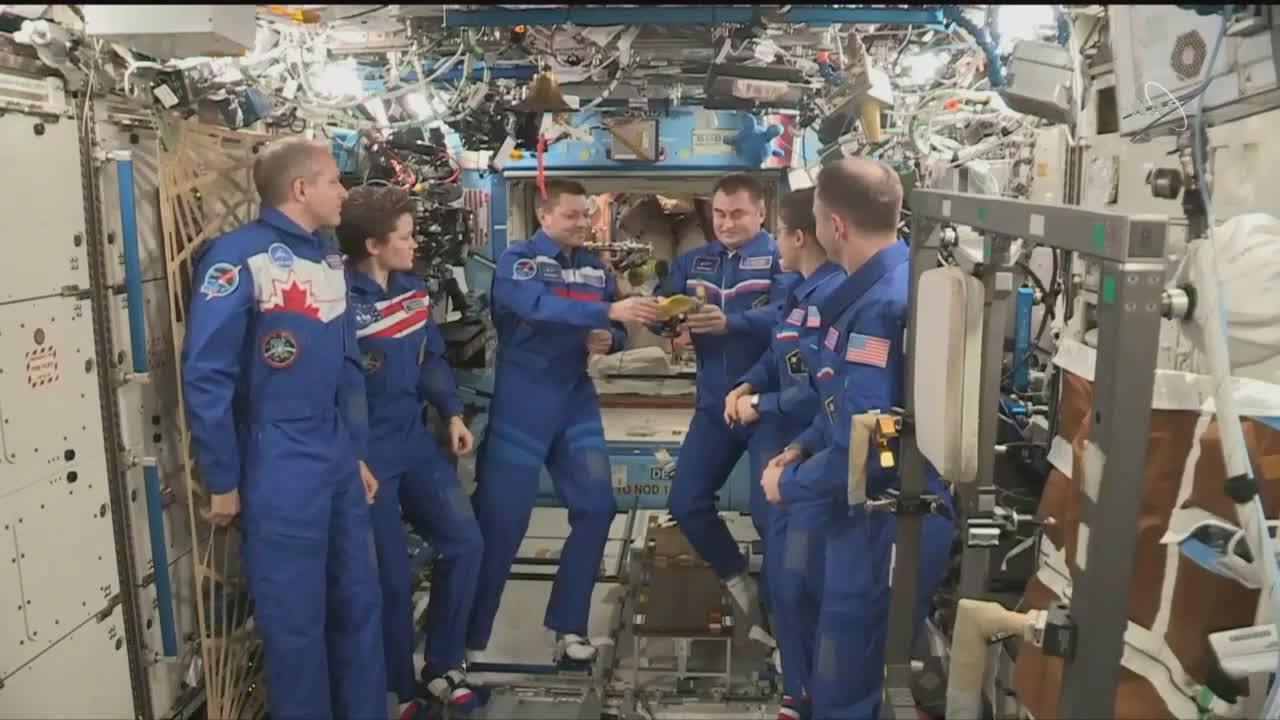 ISS: Russian Cosmonaut Kononenko hands over command of Expedition 59-60
