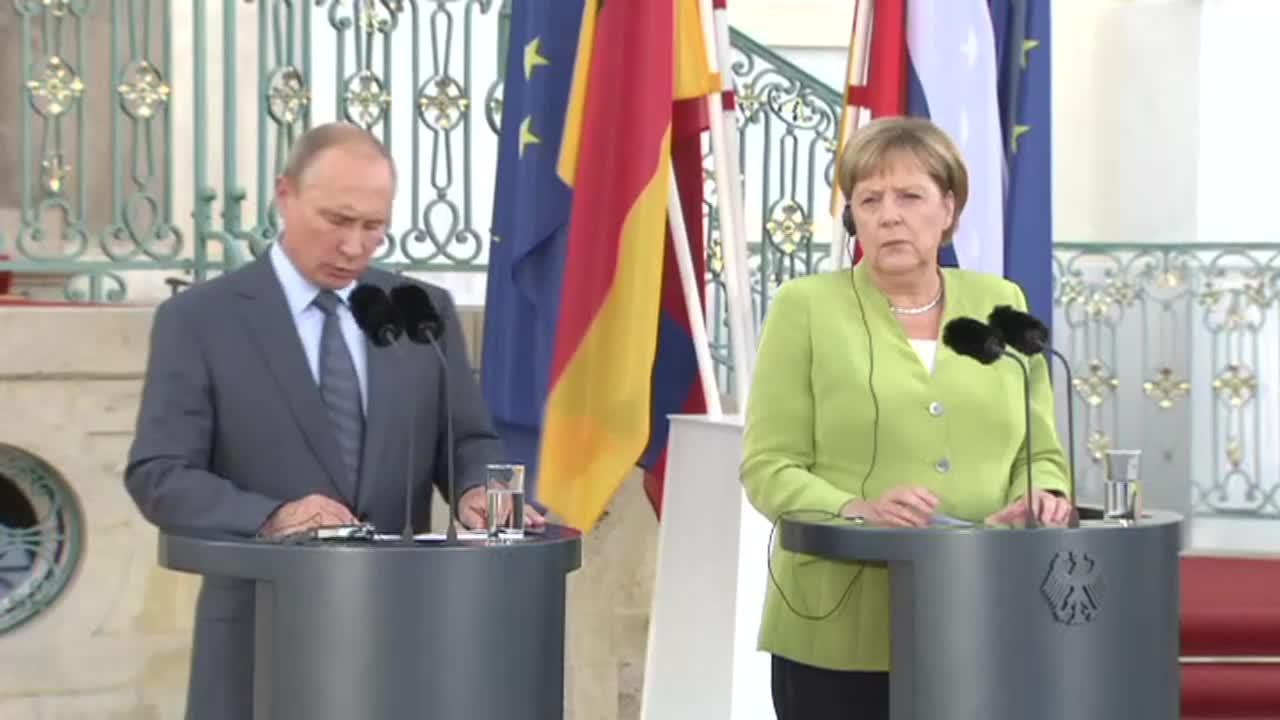 """Путин и Меркел говориха за Украйна, Сирия и \""""Северен поток\"""""""