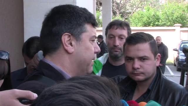 Петко Дюлгеров: Получих 14 000 евро от Ваклин