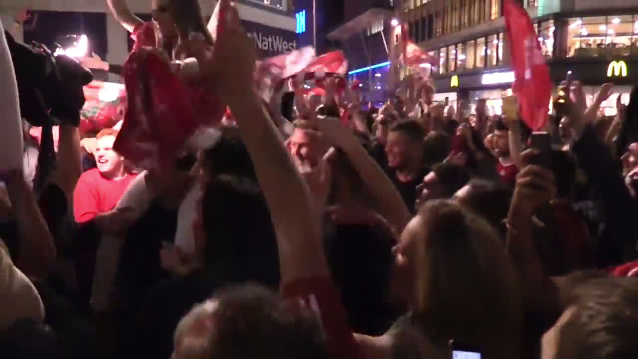 UK: Liverpool fans celebrate Champions League victory in Merseyside