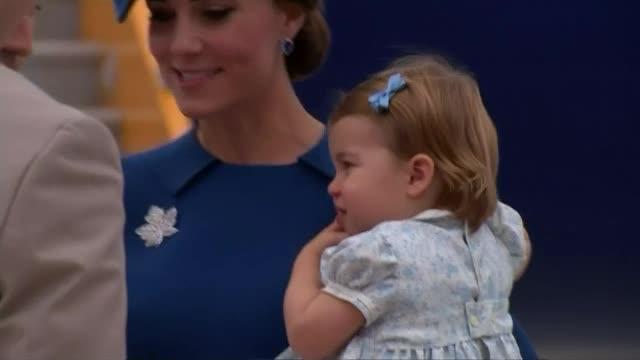 Принц Джордж отказа да поздрави канадския премиер