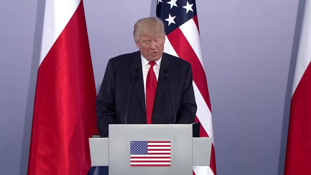 Полша: Русия и други страни може да са замесени в изборите в САЩ