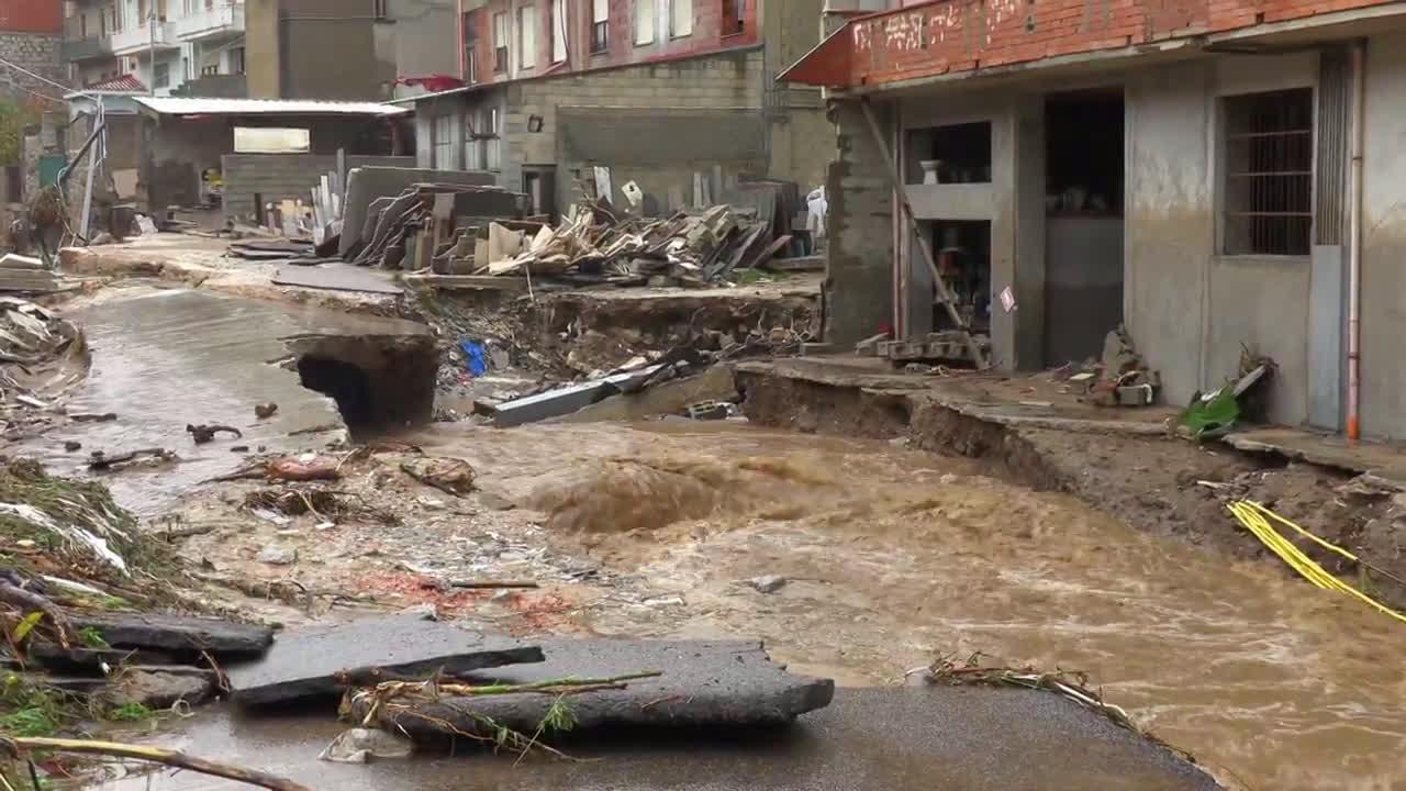 Italy: Floods wreak havoc and kills at least 3 in Sardinia