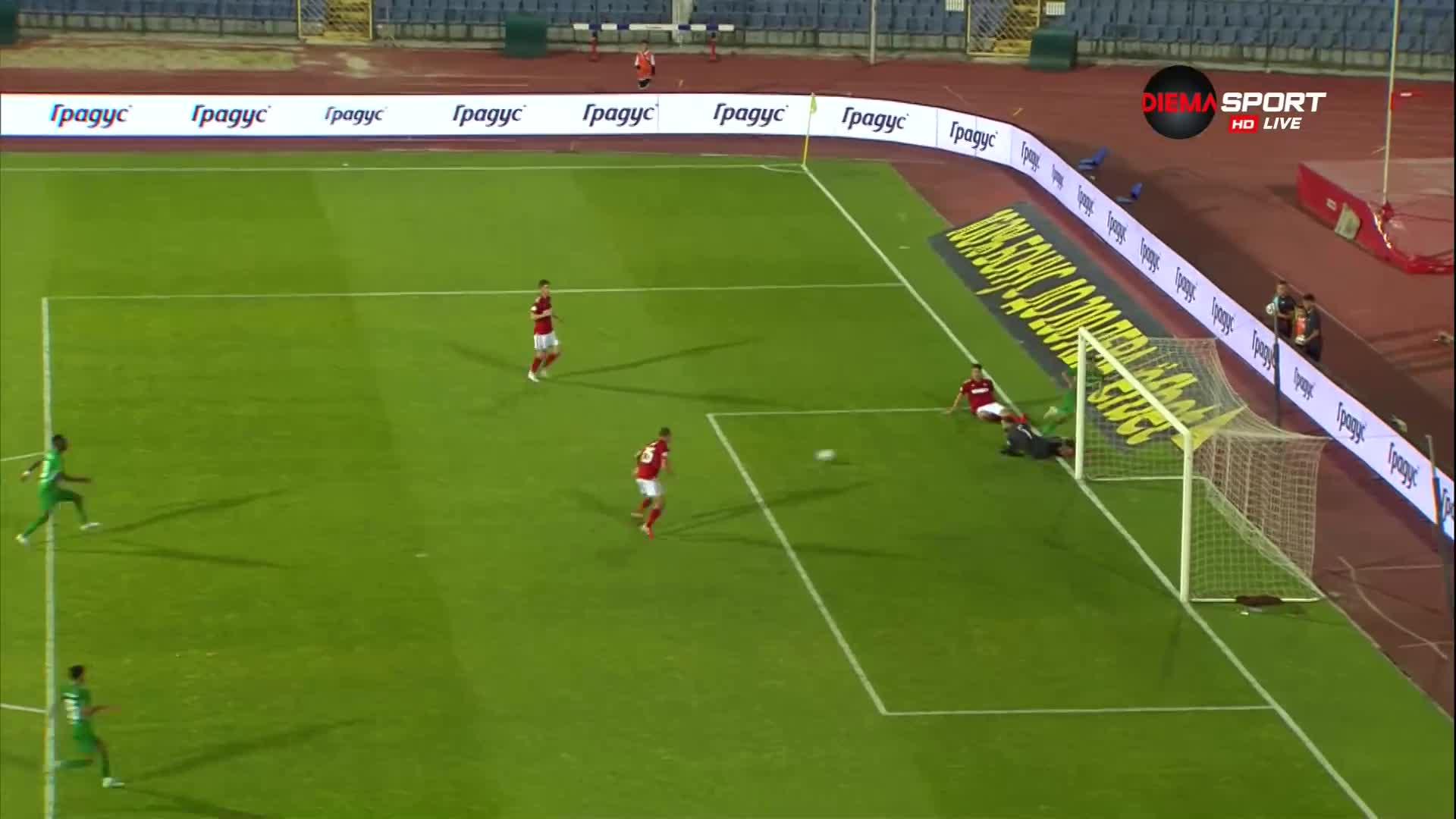 Десподов отново блесна, 4:0 за Лудогорец