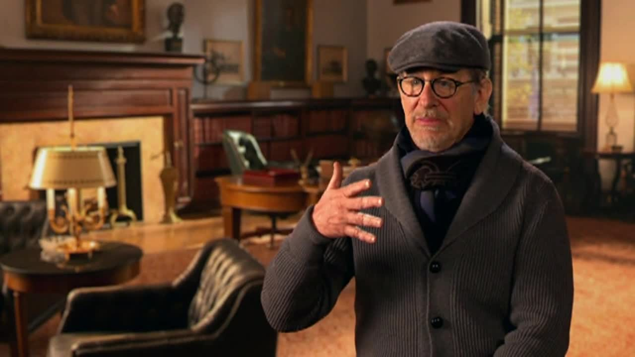 Steven Spielberg Gets Personal About \'Bridge of Spies\'