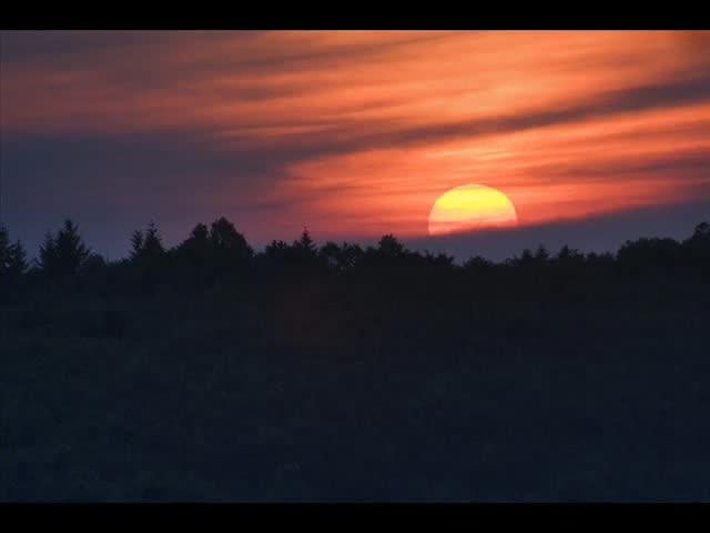 Сава Попсавов - Ясен месец веч изгрява