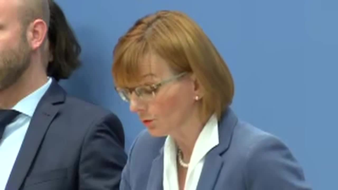 Germany: \'Hundreds of politicians\' affected by data breach