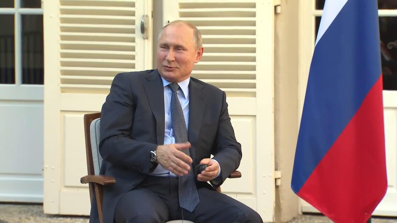 France: Macron, Putin discuss crises in Ukraine and Syria