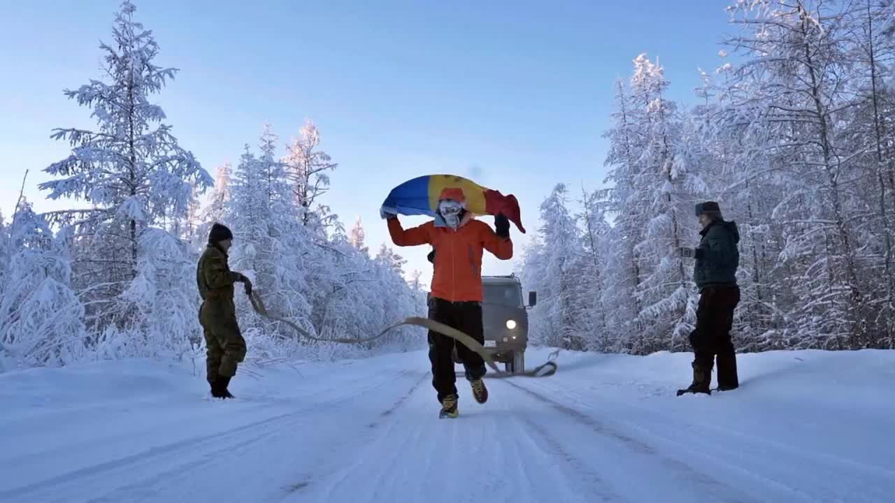 Don't freeze - run! Athlete covers 50 km in Siberia at -60 degrees