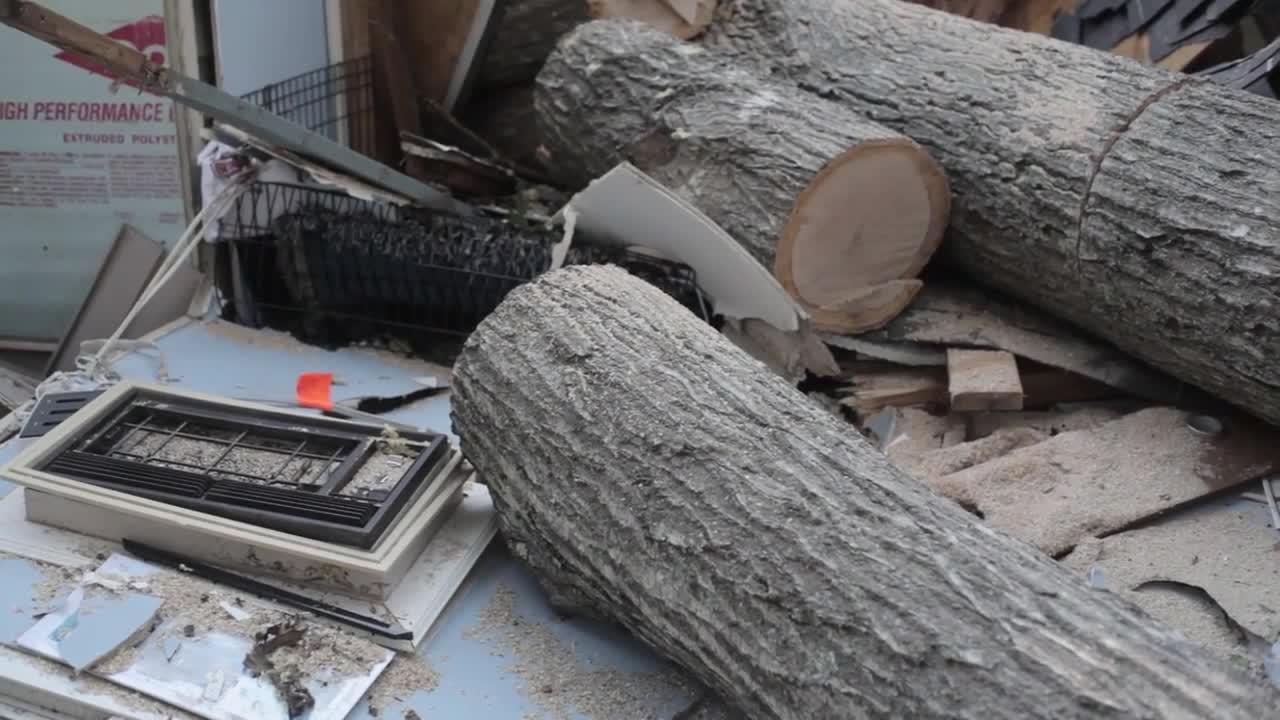 САЩ: Ураганът Матю предизвика щети в Северна Каролина