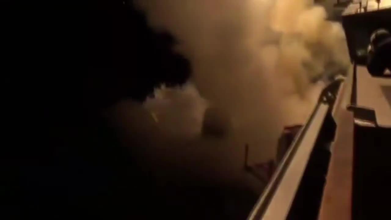 Средиземно море: САЩ изстреляха 59 ракети към Сирия