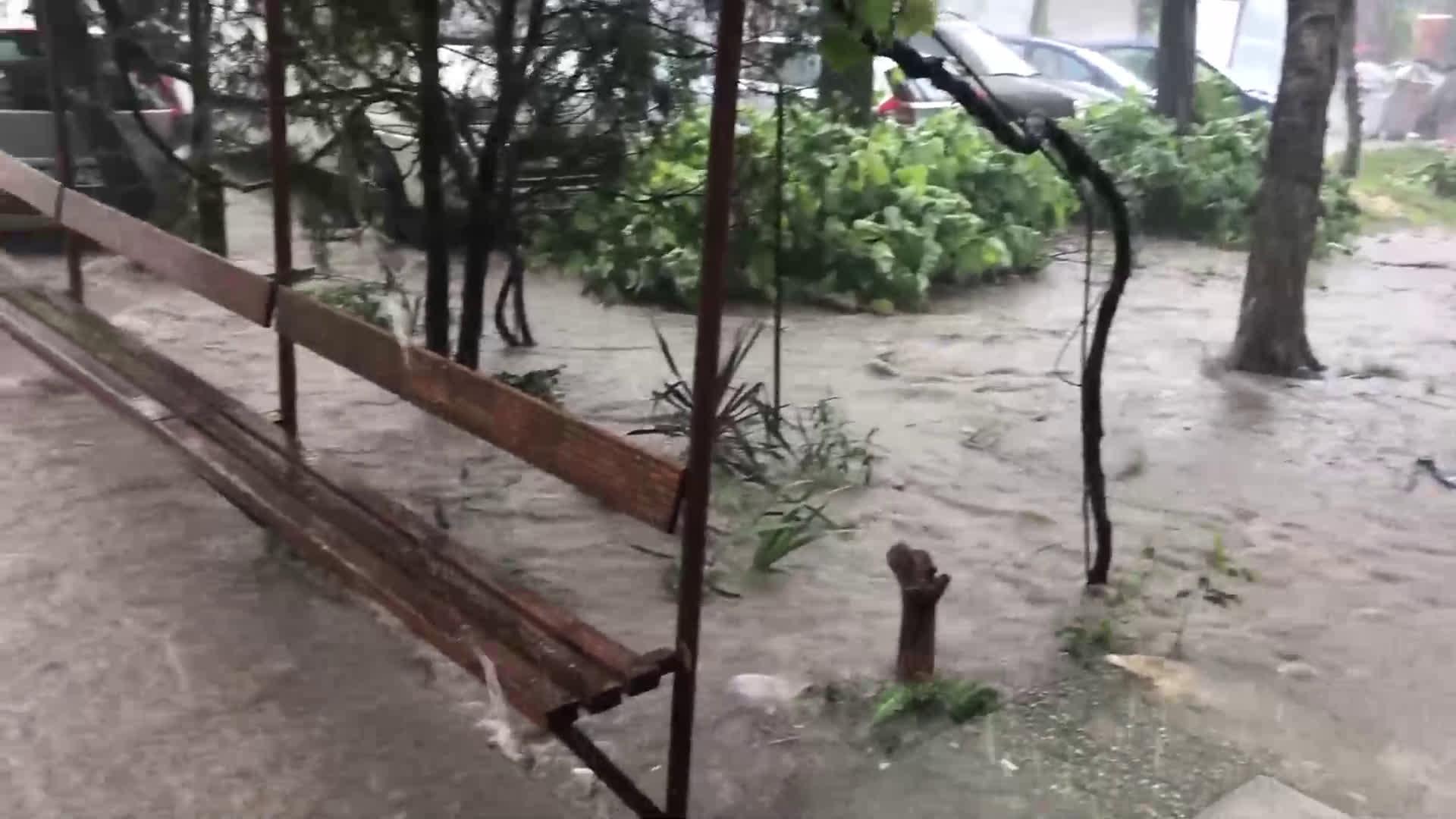 Дъжд Варна