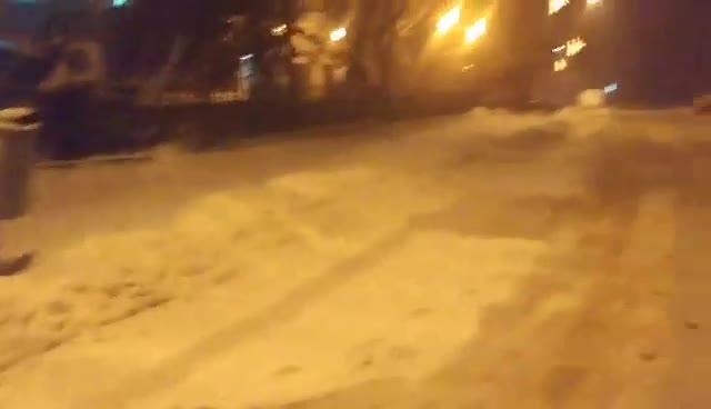 Непочистена улица в Несебър (11.01.2017г.)