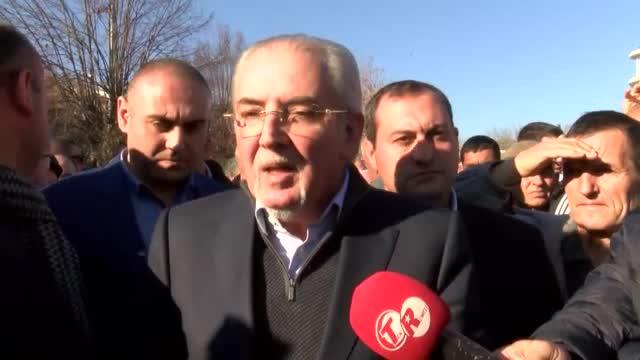 Местан и трима депутати излизат като независими