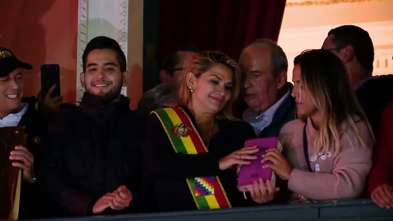 Bolivia: Opposition senator Anez declares herself interim president following Morales resignation