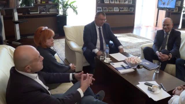 След срещата при Борисов: Няма да има орязани пенсии
