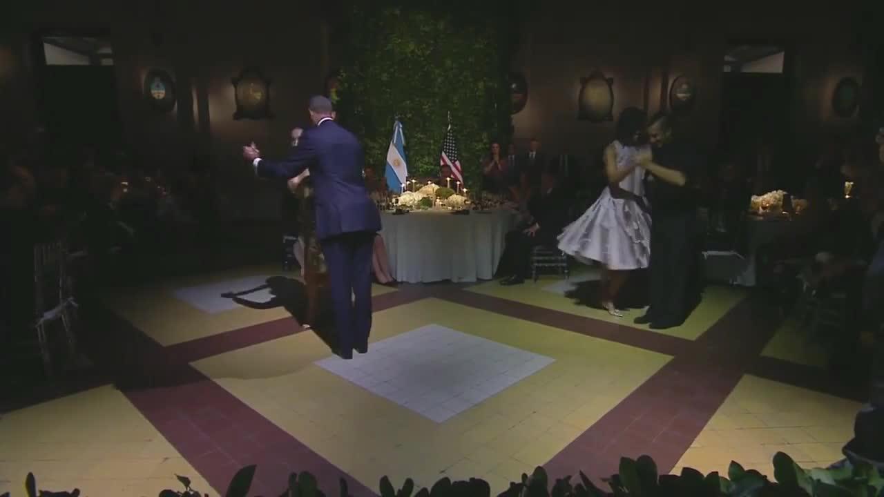 Барак и Мишел Обама танцуваха танго в Аржентина