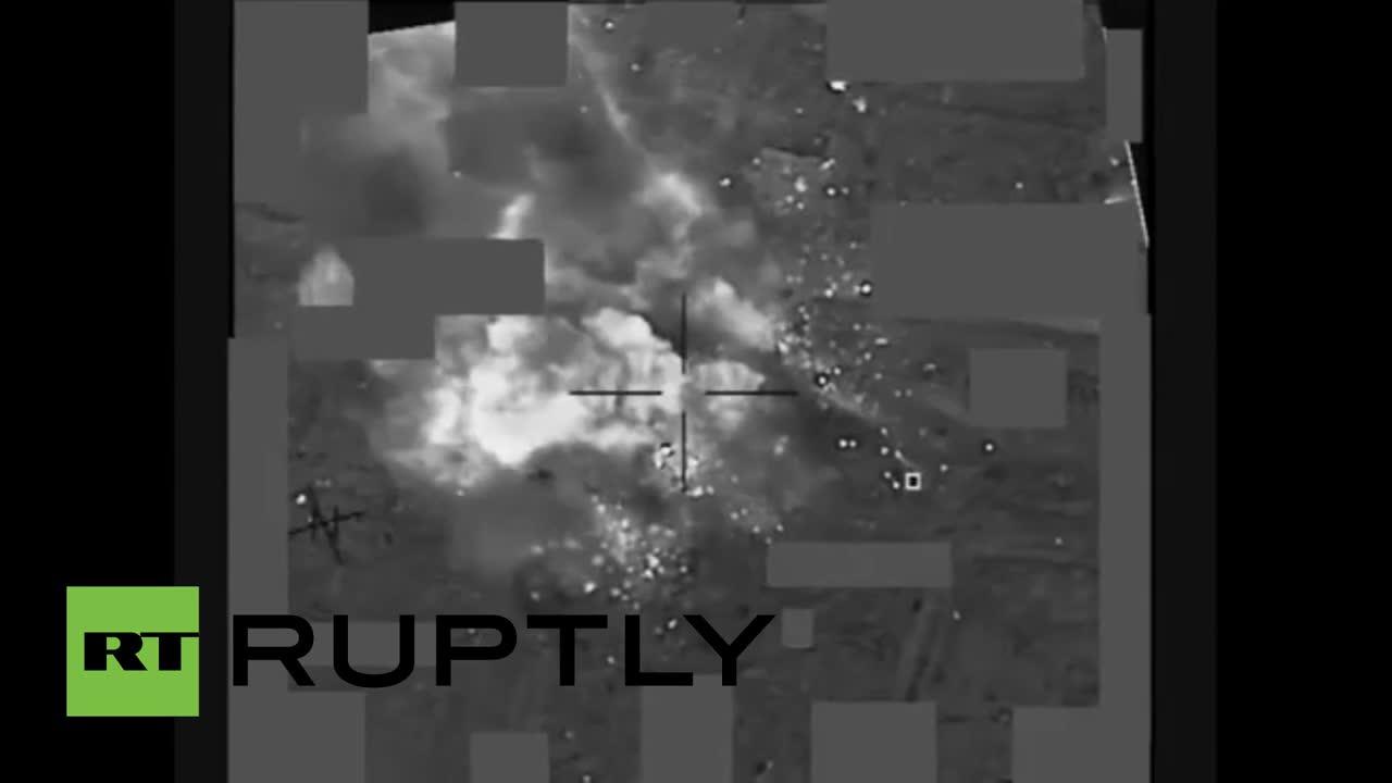 Iraq: US-led airstrikes blitz Islamic State position near Mosul