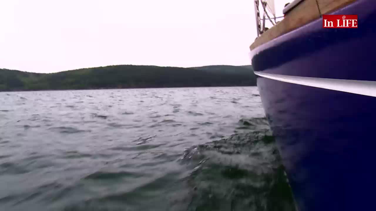 Воаяж: С яхта из водите на язовир Искър