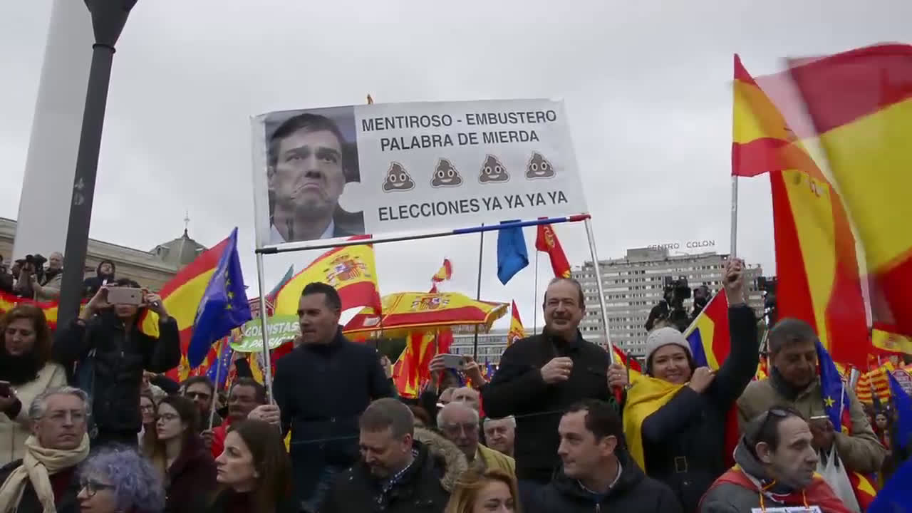 Spain: 50,000 gather in Madrid for right-wing coalition\'s anti-govt demo