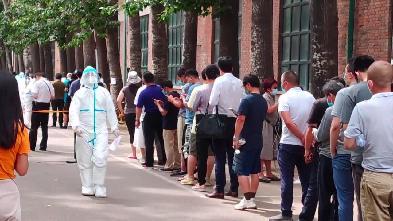 China: Beijing ramps up tests after new flurry of COVID-19 cases