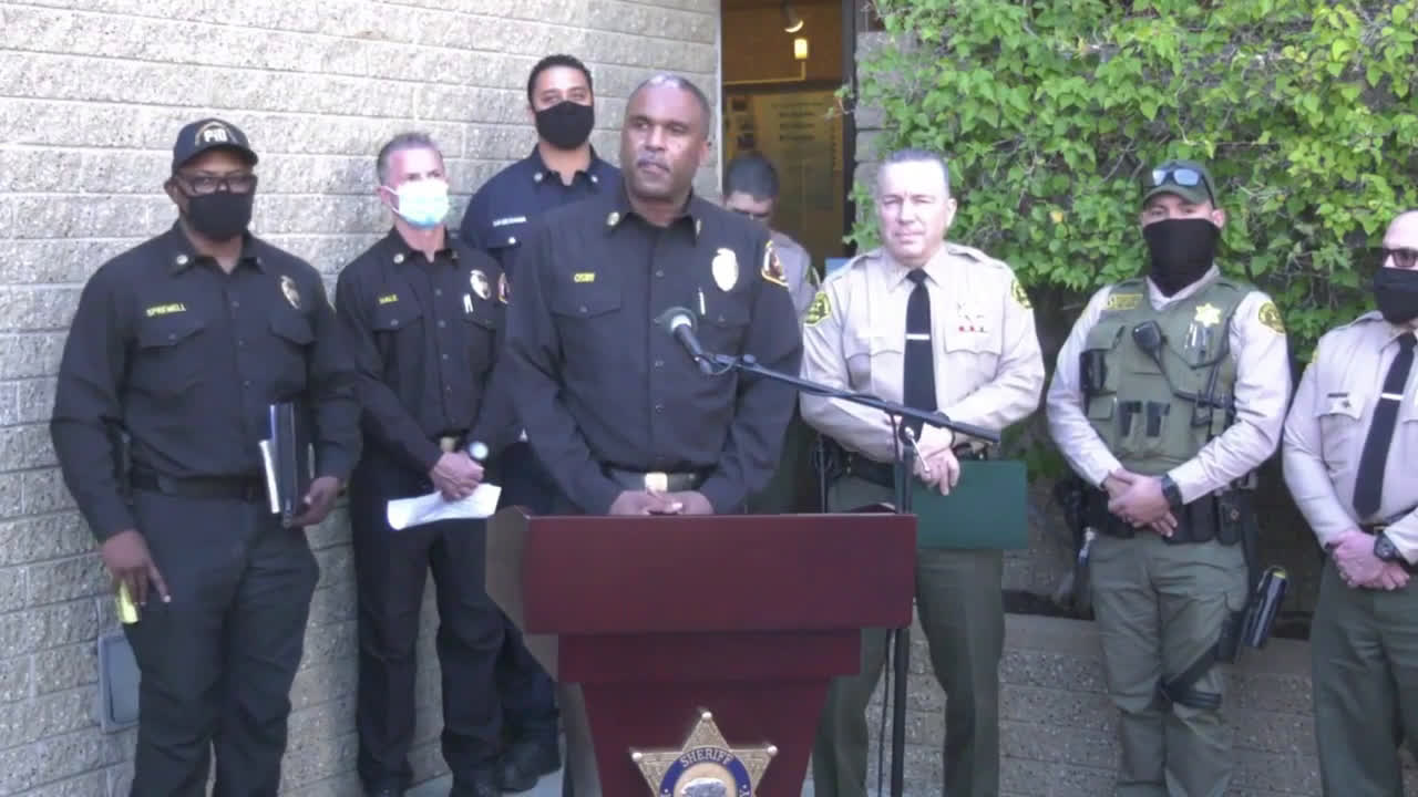 USA: Police saw 'no evidence of impairment' at Tiger Woods crash scene - LA Country sheriff